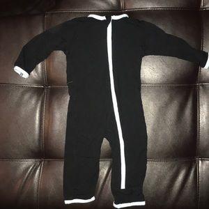 Kickee Pants 3-6 Months Pajamas Black w/ Kangaroo